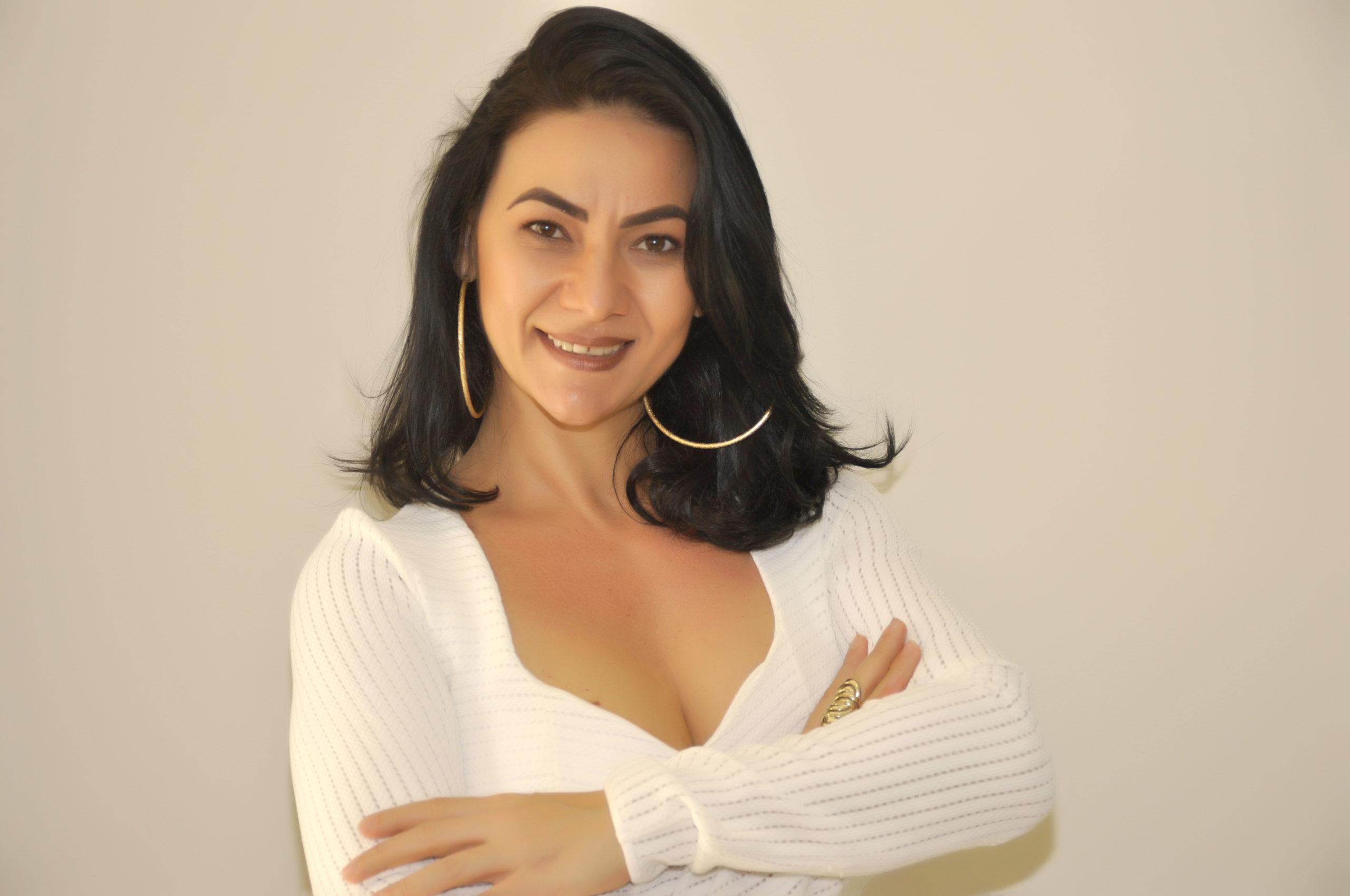 Gislene Alves de Araújo